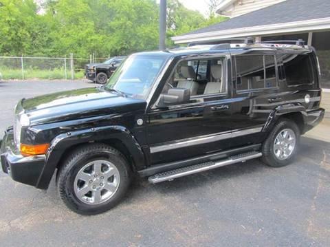 2006 Jeep Commander for sale at Best Buy Auto Sales in South Beloit IL