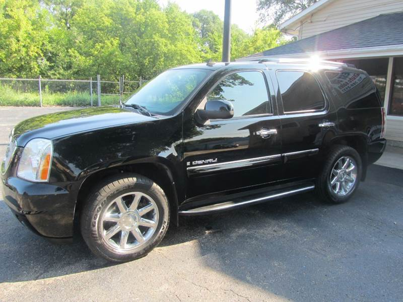 2007 GMC Yukon for sale at Best Buy Auto Sales of Northern IL in South Beloit IL