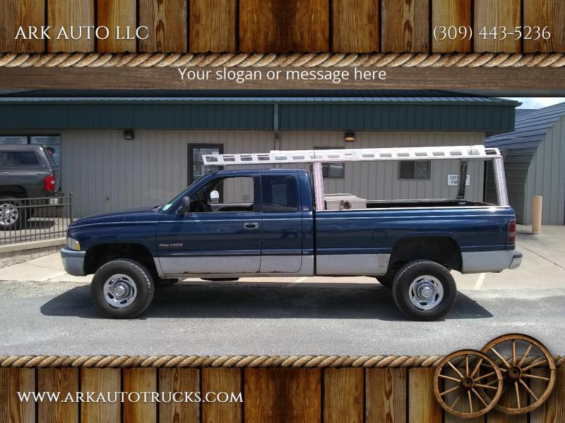 2001 Dodge Ram Pickup 2500 for sale at ARK AUTO LLC in Roanoke IL