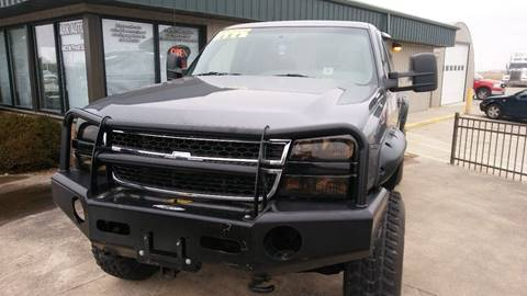 2004 Chevrolet C/K 2500 Series for sale at ARK AUTO LLC in Roanoke IL