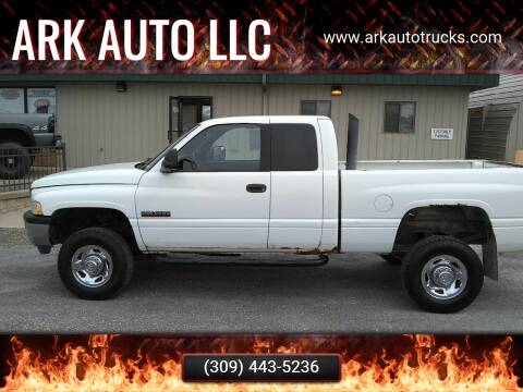 2002 Dodge Ram Pickup 2500 for sale at ARK AUTO LLC in Roanoke IL