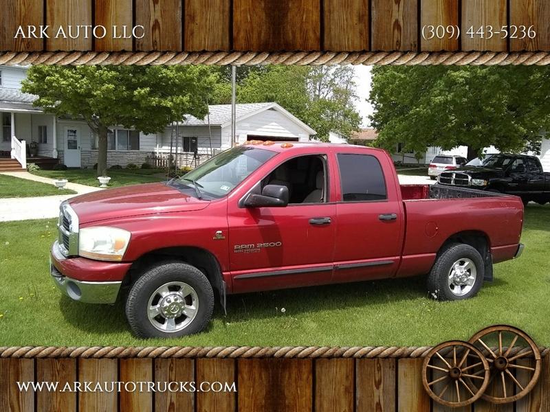 2006 Dodge Ram Pickup 2500 for sale at ARK AUTO LLC in Roanoke IL