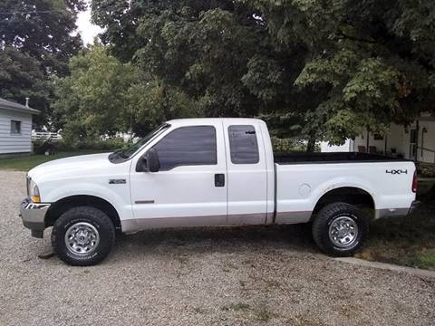 2004 Ford F-250 Super Duty for sale at ARK AUTO LLC in Roanoke IL
