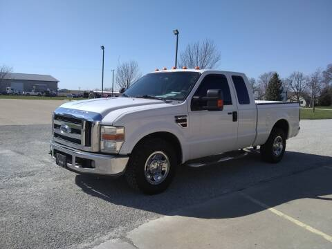 2008 Ford F-250 Super Duty for sale at ARK AUTO LLC in Roanoke IL