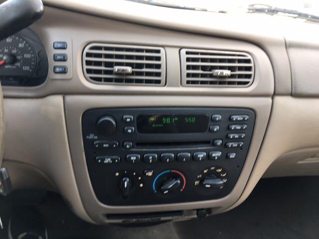 2005 Ford Taurus SE 4dr Sedan - Greenville SC