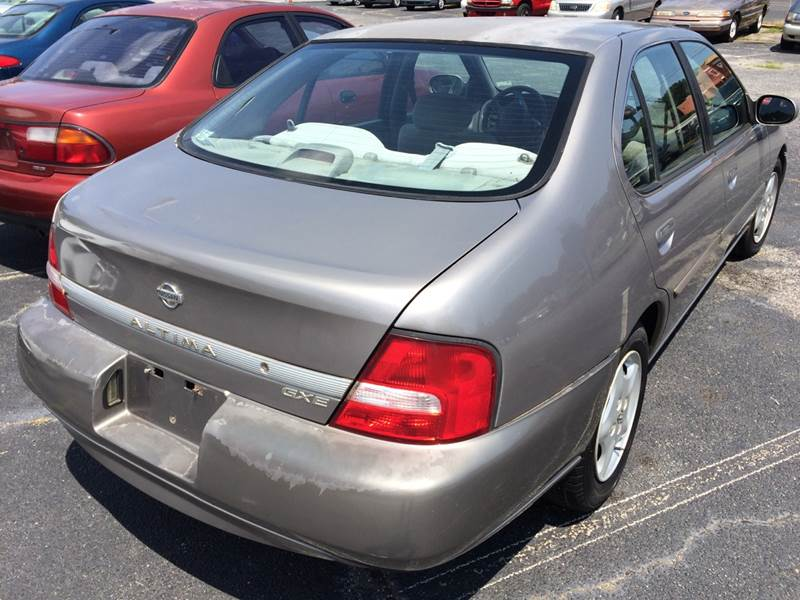 2001 Nissan Altima Gle 4dr Sedan In Greenville Sc Miracle Hill