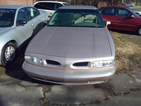 1999 Oldsmobile Eighty-Eight for sale in Lenoir City, TN