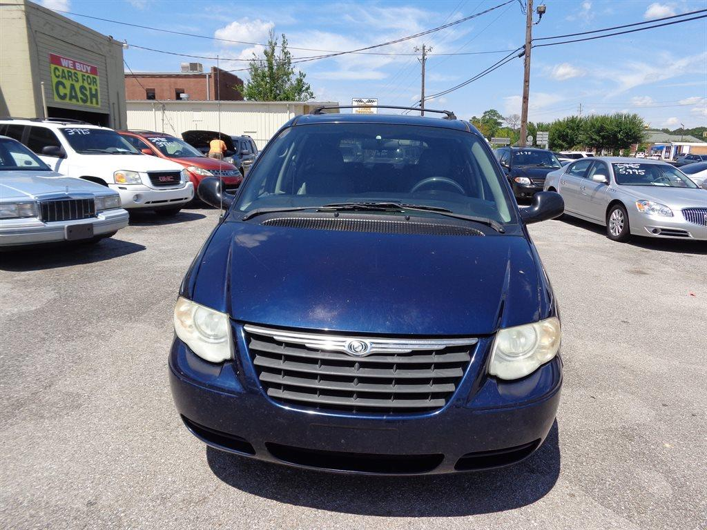 2006 Chrysler Town and Country Touring 4dr Extended Mini-Van - Milton FL