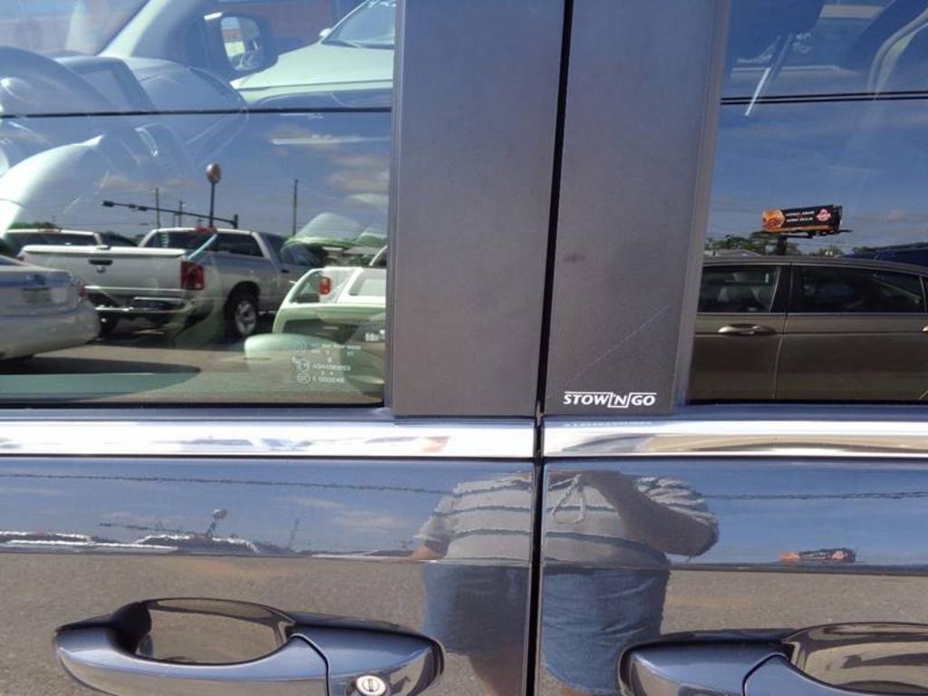 2012 Chrysler Town and Country Touring-L 4dr Mini-Van - Milton FL
