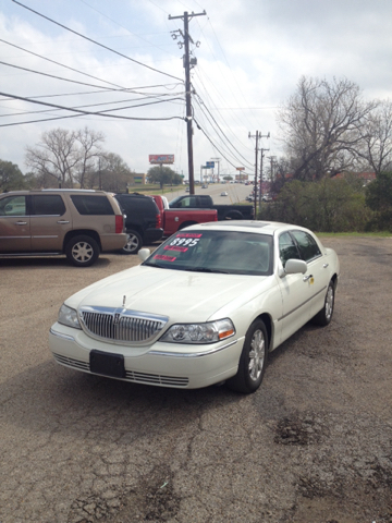 2006 Lincoln Town Car Signature Limited 4dr Sedan In Waco Tx