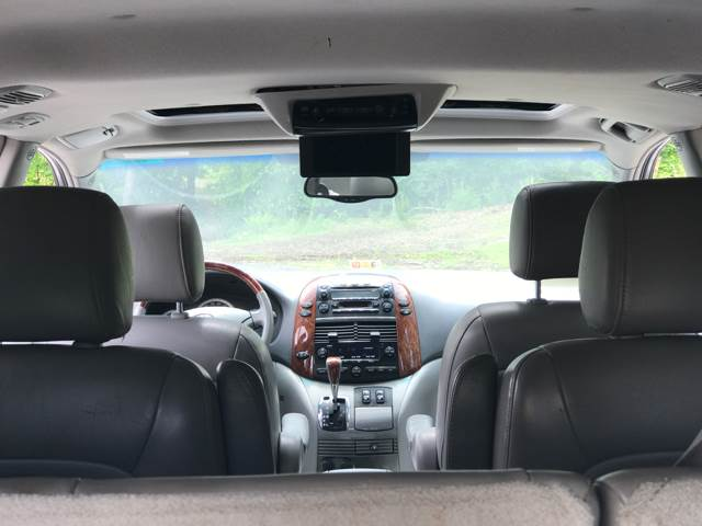 2004 Toyota Sienna for sale at CARS 4 BEST in Stafford VA