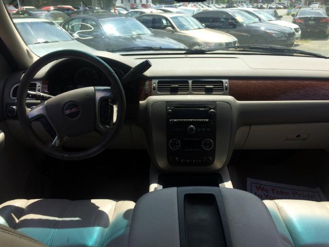 2007 GMC Yukon XL for sale at CARS 4 BEST in Stafford VA