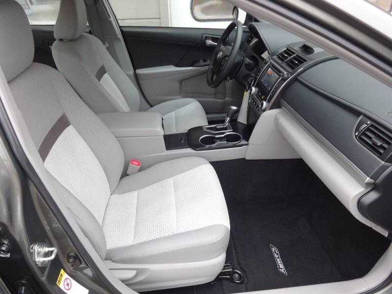 2014 Toyota Camry LE 4dr Sedan - Sturgeon Bay WI
