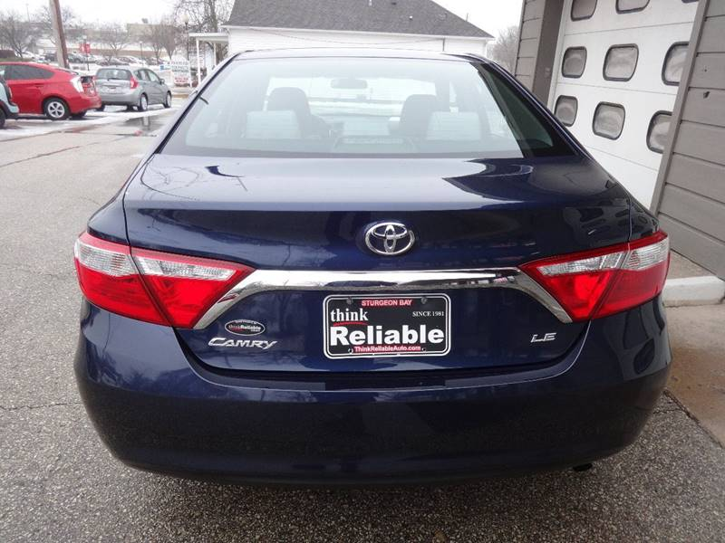2016 Toyota Camry LE 4dr Sedan - Sturgeon Bay WI