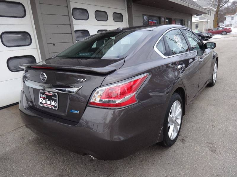 2014 Nissan Altima 2.5 SV 4dr Sedan - Sturgeon Bay WI