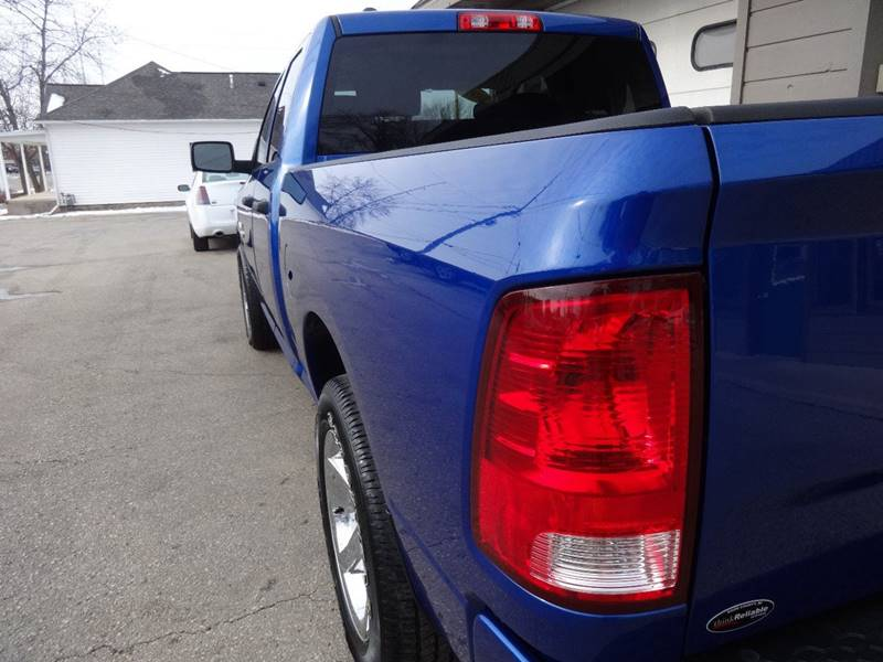 2015 RAM Ram Pickup 1500 4x4 Express 4dr Quad Cab 6.3 ft. SB Pickup - Sturgeon Bay WI