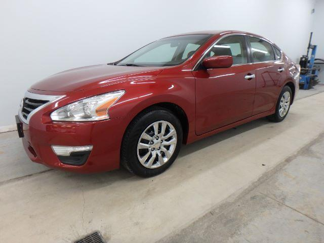 2015 Nissan Altima for sale at Mid-Illini Auto Group in East Peoria IL