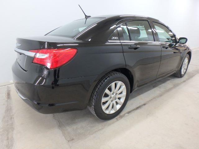 2014 Chrysler 200 for sale at Mid-Illini Auto Group in East Peoria IL