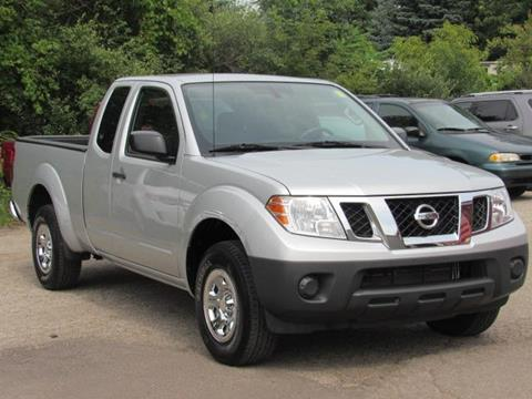 2015 Nissan Frontier for sale in Greenville, MI