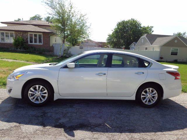 2014 Nissan Altima for sale at Mr.C's AutoMart in Midlothian IL