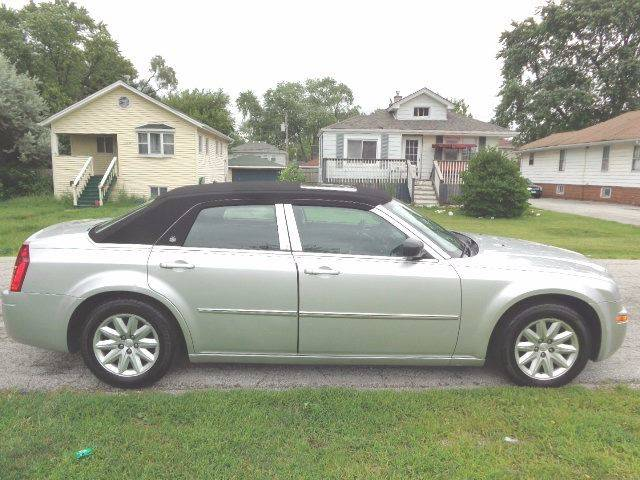 2008 Chrysler 300 for sale at Mr.C's AutoMart in Midlothian IL