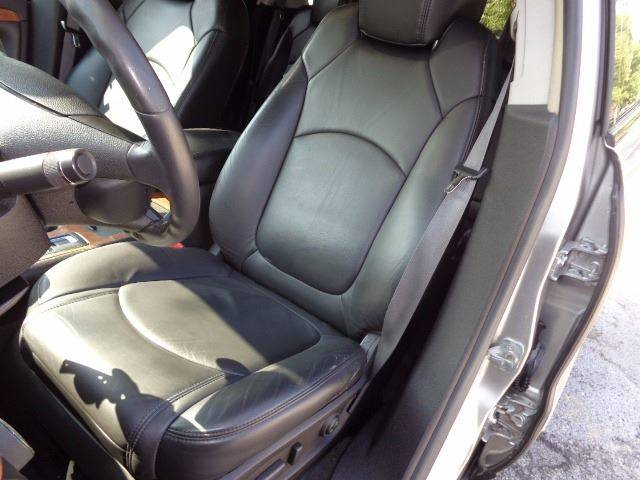2008 Saturn Outlook for sale at Mr.C's AutoMart in Midlothian IL