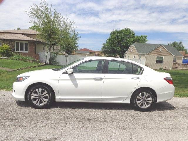 2015 Honda Accord for sale at Mr.C's AutoMart in Midlothian IL