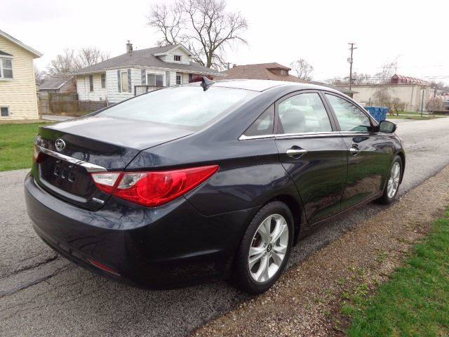 2011 Hyundai Sonata for sale at Mr.C's AutoMart in Midlothian IL