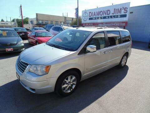 2010 Chrysler Town and Country for sale at Diamond Jim's West Allis in West Allis WI