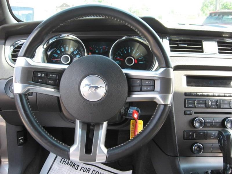 2014 Ford Mustang for sale at Vogue Motor Company Inc in Saint Louis MO