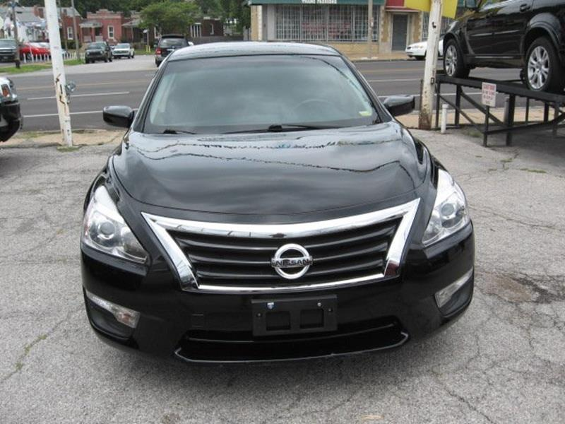 2013 Nissan Altima for sale at Vogue Motor Company Inc in Saint Louis MO