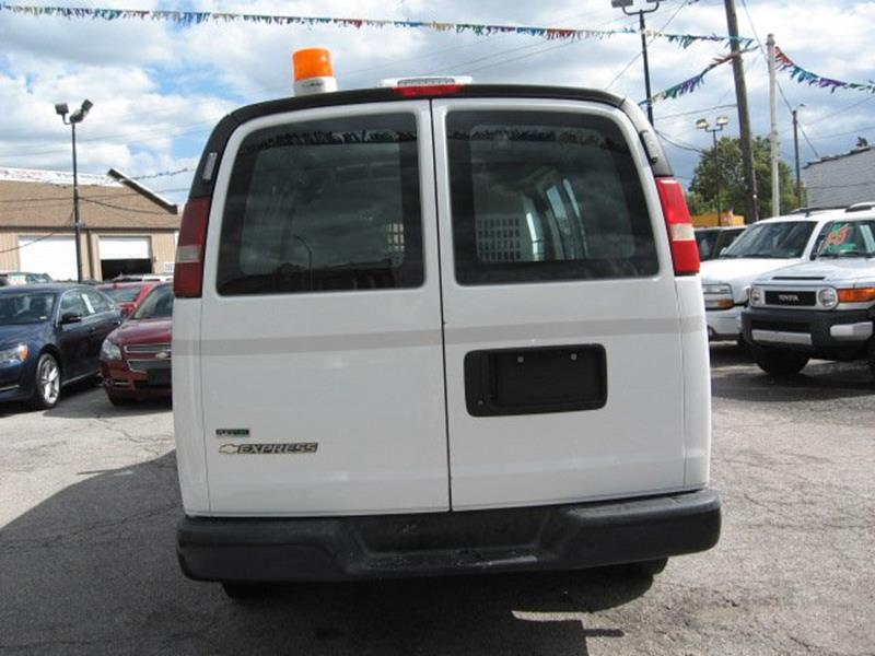 2010 Chevrolet Express Cargo for sale at Vogue Motor Company Inc in Saint Louis MO