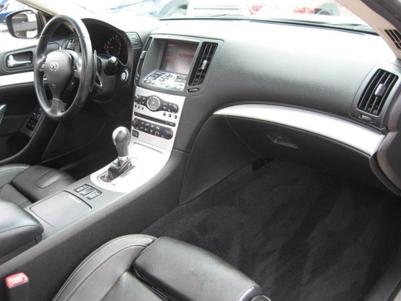 2008 Infiniti G37 for sale at Vogue Motor Company Inc in Saint Louis MO