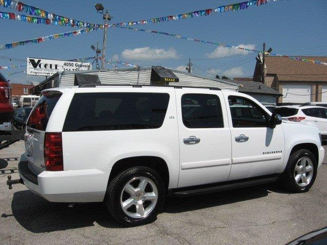 2008 Chevrolet Suburban for sale at Vogue Motor Company Inc in Saint Louis MO