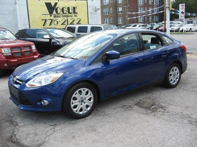 2012 Ford Focus for sale at Vogue Motor Company Inc in Saint Louis MO