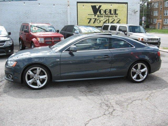 2009 Audi A5 for sale at Vogue Motor Company Inc in Saint Louis MO