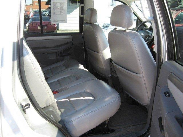 2004 Ford Explorer for sale at Vogue Motor Company Inc in Saint Louis MO