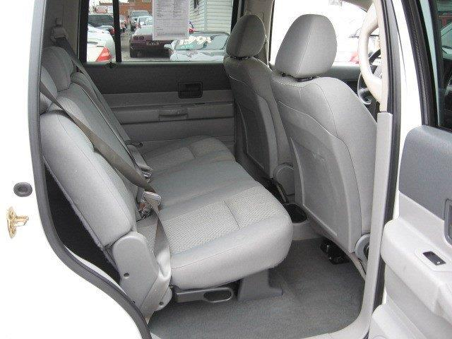 2007 Dodge Durango for sale at Vogue Motor Company Inc in Saint Louis MO