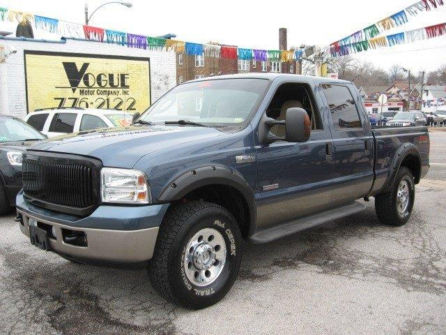 2005 Ford F-250 Super Duty for sale at Vogue Motor Company Inc in Saint Louis MO