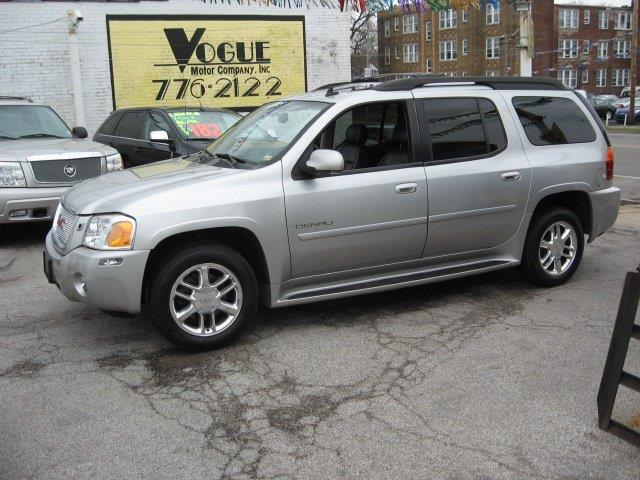 2006 GMC Envoy XL for sale at Vogue Motor Company Inc in Saint Louis MO