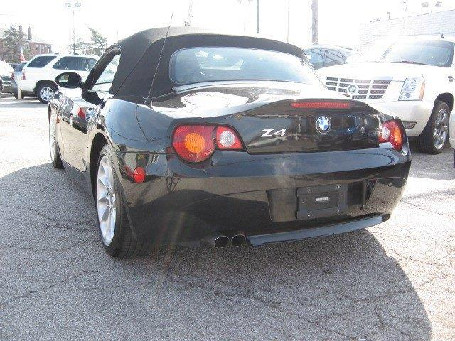 2003 BMW Z4 for sale at Vogue Motor Company Inc in Saint Louis MO