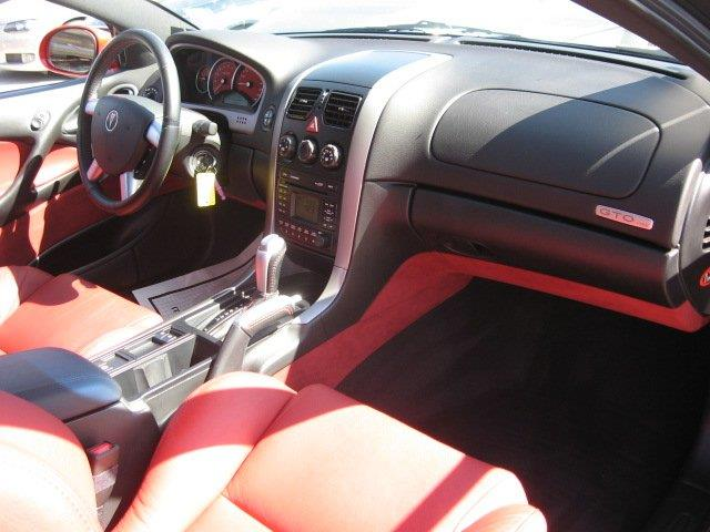 2006 Pontiac GTO for sale at Vogue Motor Company Inc in Saint Louis MO