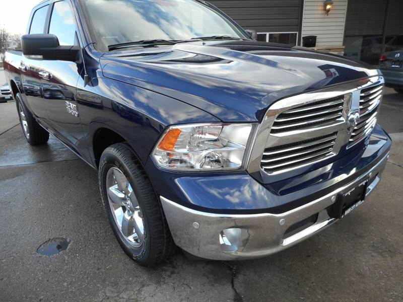 2018 RAM Ram Pickup 1500 4x4 Big Horn 4dr Crew Cab 5.5 ft. SB Pickup - Chester IL