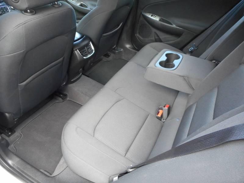 2019 Chevrolet Malibu LT 4dr Sedan - Chester IL