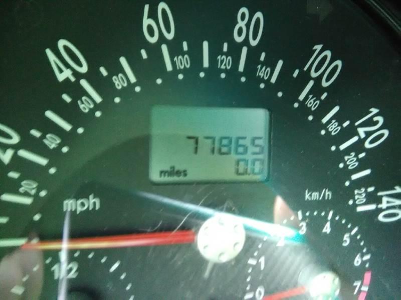 2004 Volkswagen New Beetle GLS 2dr Hatchback - Jacksonville FL