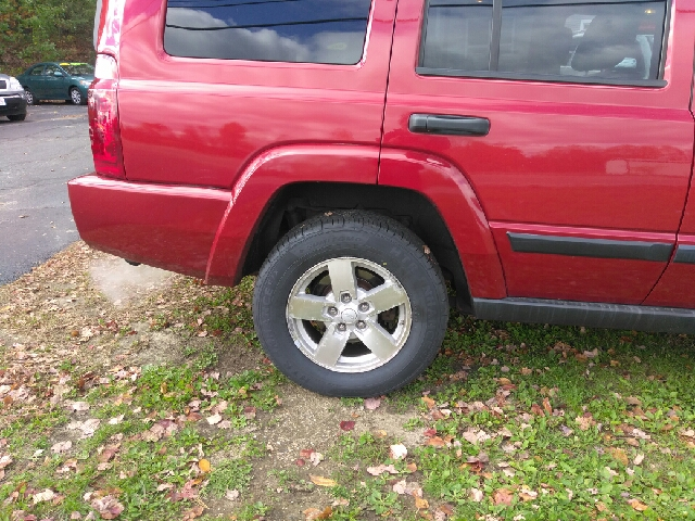 2006 Jeep Commander Base 4dr SUV 4WD - Windham NH