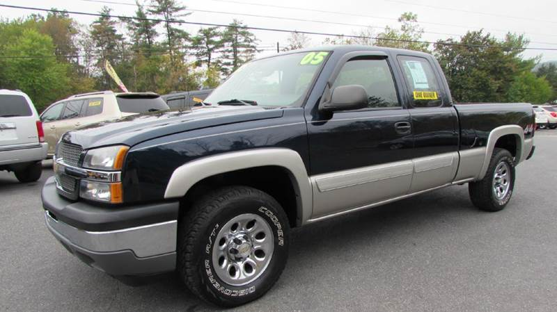2005 Chevrolet Silverado 1500 for sale at R&S Auto Sales in Linden PA