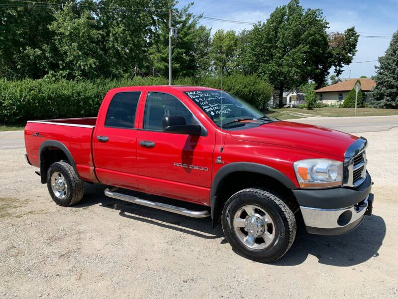 2006 Dodge Ram Pickup 2500 for sale at GREENFIELD AUTO SALES in Greenfield IA