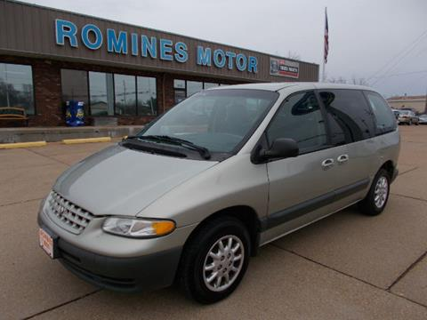 2000 Plymouth Voyager for sale in Houston, MO