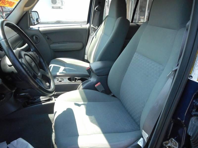 2005 Jeep Liberty Sport 4WD 4dr SUV - Amityville NY